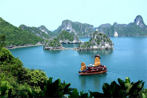 Ha Long Bay – must go destination in a lifetime