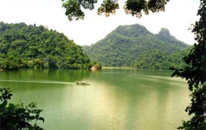 Beautiful Bac Kan still sitting pretty