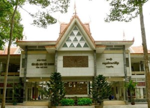 Visiting Khmer culture museum in Tra Vinh