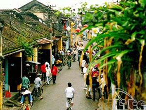 Hoi An organizes various activities to celebrate Cultural Heritage Day